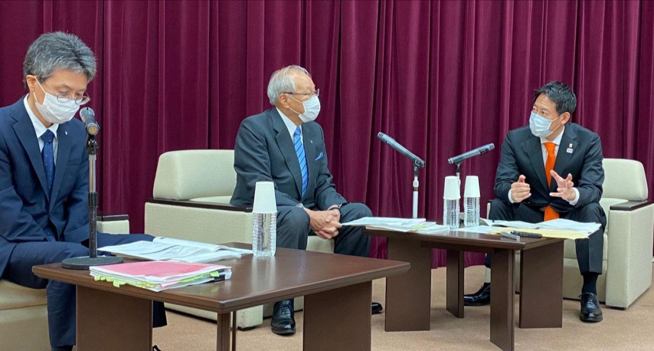 鈴木スポーツ庁長官と日本医師会による対談の様子