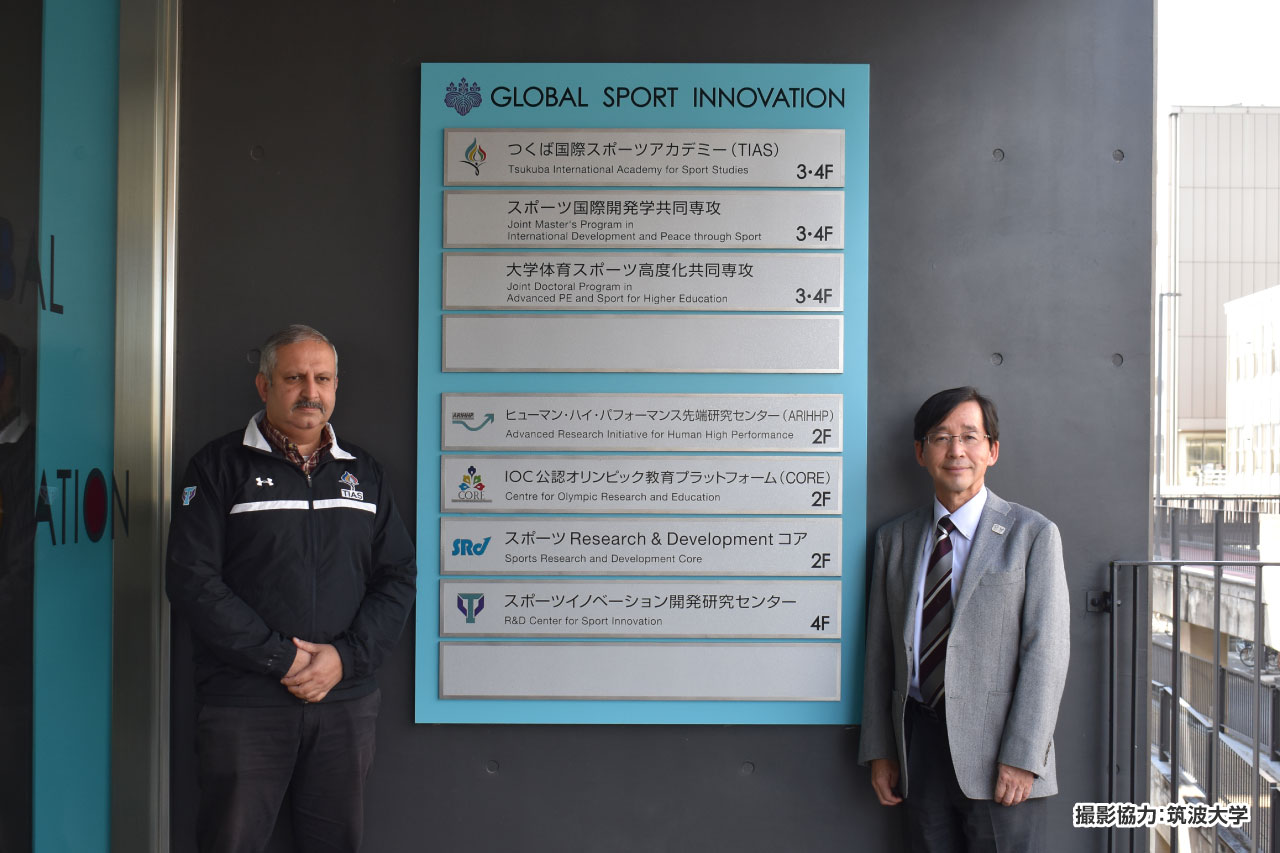 ランディープ先生(写真左)真田先生(写真右)