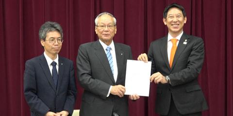 日本医師会からの提言・鈴木長官との対談